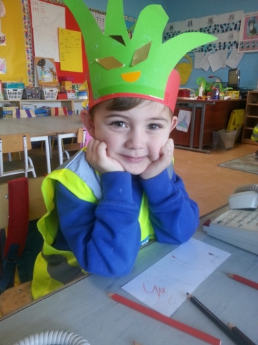 Elves Workshop in Junior Infants